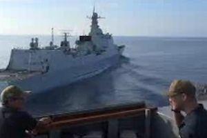 Công bố chi tiết vụ tàu chiến Mỹ - Trung chạm trán trên Biển Đông cuối tháng 9