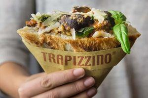 Thưởng thức món ăn đường phố Trapizzino: 'Sandwich nóng' ở Italy
