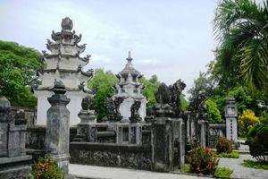 Oan tình của sư trụ trì ở ngôi chùa nổi tiếng miền Trung