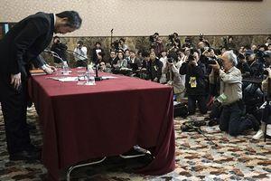 Phóng viên Nhật bị bắt cóc tại Syria cúi đầu nhận lỗi trước công chúng