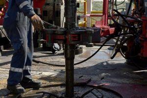 Nguồn cung tăng mạnh đang đe dọa giá dầu?