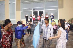 Cư dân yêu cầu Vạn Thái Land ra đối thoại, 'người lạ' đến tấn công