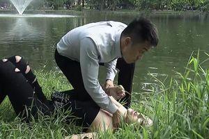'Quỳnh búp bê' tập 24: Khán giả hả hê khi My 'sói' bị tình trẻ đánh không thương tiếc