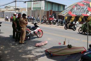 Va chạm xe máy khiến nữ sinh ngã ra đường, bị xe tải cán tử vong