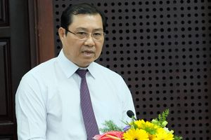 Chủ tịch Đà Nẵng trực tiếp đi ghi hình xe dù, bến cóc