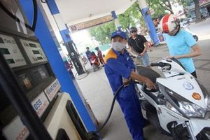 Giá xăng bắt đầu giảm từ 15h hôm nay
