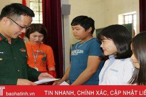 Viettel Hà Tĩnh trao 80 suất học bổng cho học sinh Nghi Xuân