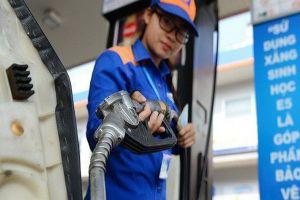 Giá xăng giảm mạnh nhất từ đầu năm, hơn 1.000 đồng/lít