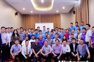 AFF Suzuki Cup: Đại sứ Việt Nam động viên tinh thần đội tuyền Việt Nam