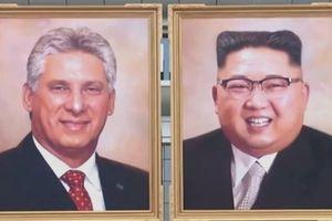 Triều Tiên lần đầu công khai trưng bày chân dung ông Kim Jong-un