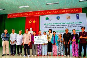 Bàn giao 107 căn nhà chống bão lũ cho người dân Thừa Thiên - Huế