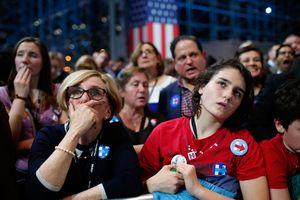 Đảng Dân chủ vẫn còn ám ảnh sau 'cơn ác mộng bầu cử' 2016