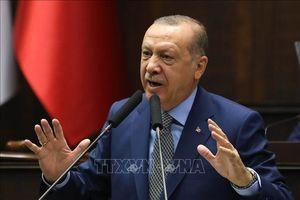 Thổ Nhĩ Kỳ vẫn giao dịch với Iran bất chấp lệnh trừng phạt của Mỹ