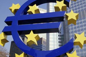 Trừng phạt Moscow là EU tự 'bắn vào chân mình'