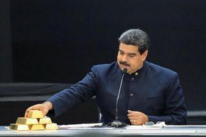 Lo 'mất trắng', Venezuela gấp rút vận chuyển 14 tấn vàng từ Anh về nước