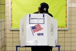 Người dân Mỹ đi bỏ phiếu: Cuộc bầu cử giữa kỳ chính thức bắt đầu!