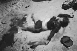TPHCM: Ghen tuông, chồng đâm gục cả vợ và em vợ