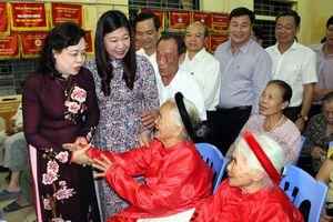 Phó Bí thư Thường trực Thành ủy dự Ngày hội Đại đoàn kết toàn dân tộc tại quận Hoàng Mai