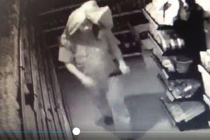 Cảnh báo tội phạm nhằm vào cửa hàng tiện lợi