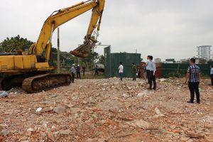 Giải tỏa các trường hợp vi phạm đất đai tại phường Khương Đình