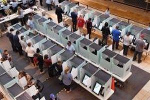 Các điểm bỏ phiếu tại Mỹ bắt đầu đóng cửa