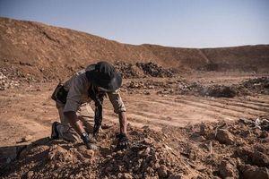 Phát hiện hơn 200 ngôi mộ tập thể của hàng ngàn nạn nhân bị IS sát hại ở Iraq