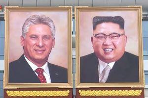 Lần đầu treo ảnh chân dung ông Kim Jong-un, Triều Tiên muốn gửi gắm thông điệp gì?