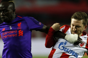 Liverpool thua sốc, nguy cơ bi loại sớm ở Champions League