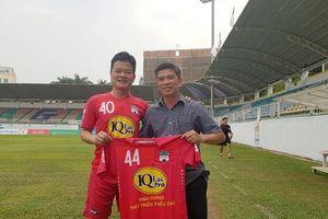 Ông Huỳnh Mau chia tay HAGL sau 10 năm gắn bó