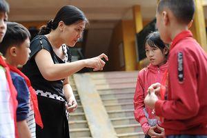Từ tình cờ đến tình yêu của cô giáo dạy trẻ khuyết tật