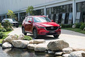 Giá xe Mazda tăng 8 triệu đồng với các bản màu sơn mới