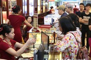 Giá vàng Rồng Thăng Long giảm tới 100.000 đồng, tỷ giá tăng nhẹ