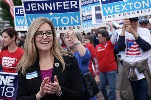 Bầu cử Mỹ: Đảng Dân chủ giành 1 ghế Hạ viện từ tay đảng Cộng hòa
