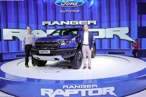 Bảng giá xe Ford tháng 11/2018: 'Hiện tượng' mới mang tên Ranger Raptor