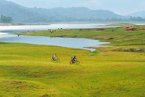 Quảng Nam: Hồ Phú Ninh mùa nước cạn đẹp như tranh vẽ