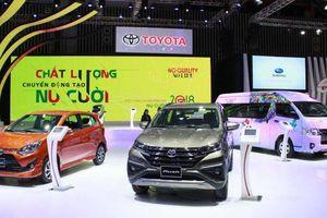 Thấy gì từ loạt xe Toyota trưng bày tại Triển lãm ô tô Việt Nam?