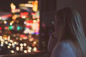 Đừng khiến thêm một ai tổn thương khi vẫn còn yêu người cũ