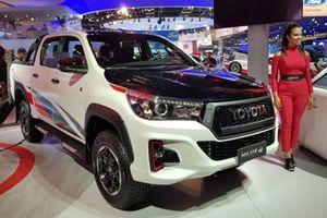 Toyota Hilux GR Sport giới hạn 420 chiếc có đáng 'xuống tiền'?