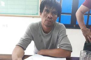 Bắt giữ đối tượng vận chuyển 800 viên hồng phiến và ma túy đá từ Lào về Việt Nam