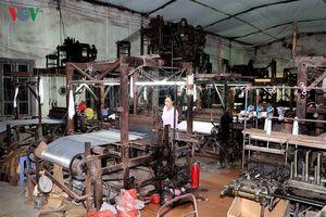 Làng nghề Việt và 'cơn lốc' 4.0