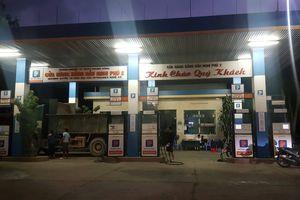 Cửa hàng xăng ở Nghệ An 'quên' giảm giá theo quy định