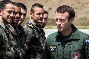 Pháp kêu gọi có một 'quân đội châu Âu thực sự' chống lại Nga và Mỹ