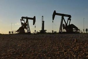Iran tuyên bố vẫn bán được dầu bất chấp lệnh trừng phạt của Mỹ