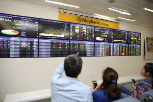 Cổ phiếu trong gập ghềnh lãi suất
