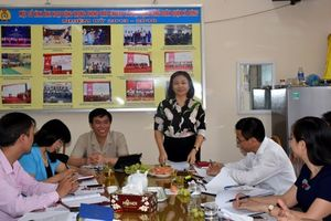 Đoàn kiểm tra số 1 LĐLĐ TP. Hà Nội đề nghị LĐLĐ quận Hà Đông đẩy mạnh phát triển đoàn viên