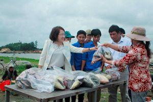 Điệp khúc buồn của nông sản Việt