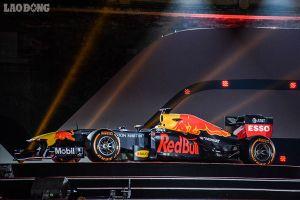 Cận cảnh các chi tiết đắt giá của siêu xe đua F1 giá gần 400 tỉ đồng vừa có mặt tại Hà Nội hôm qua