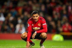 HLV Wenger lý giải nguyên nhân Alexis Sanchez chơi tệ ở Man United