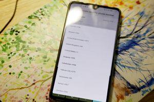 Huawei bị tố 'gây khó' cho người dùng Việt Nam