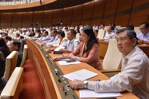 Quốc hội đặt mục tiêu tăng trưởng năm 2019 đạt 6,6% - 6,8%